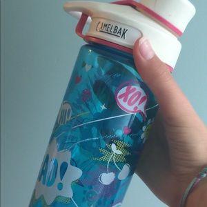 Girls camelback pop art blue clear water bottle